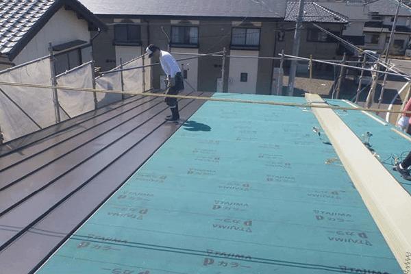 家ができるまでの流れ 屋根仕上げ工事