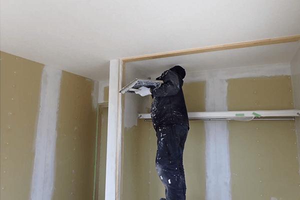 家ができるまでの流れ 左官壁仕上げ工事